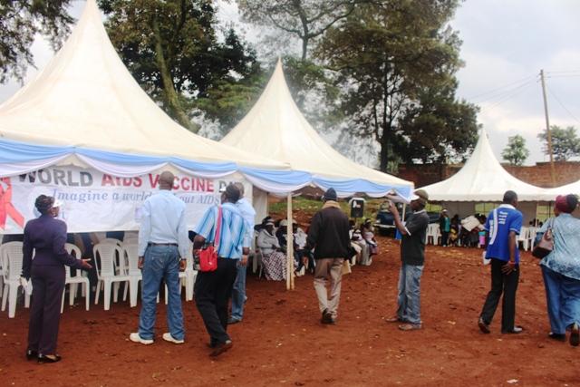 World-AIDS-Vaccine-Day-nursing-089
